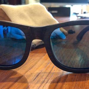 Suki Wooden Sunglasses